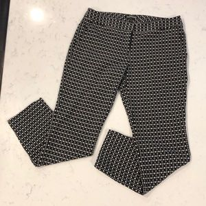 Express black and white geometric columnist pants